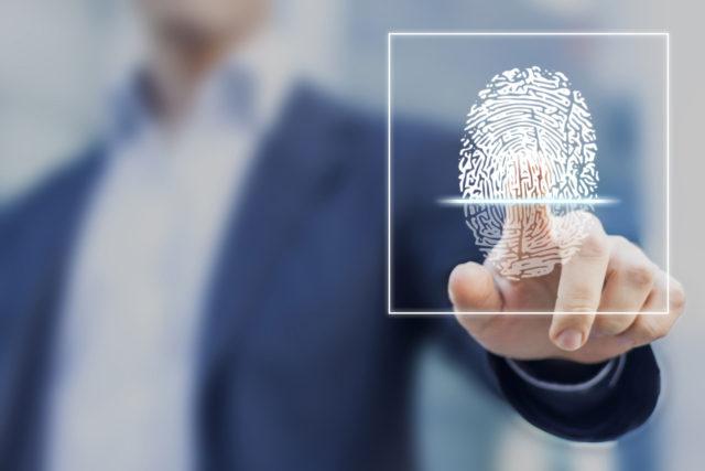 Implantar un registro de horario laboral: control presencia profesional
